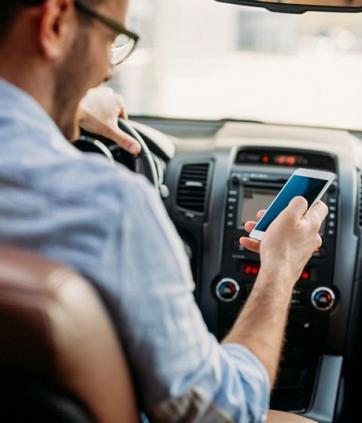 Como evitar acidentes de transito? Confira 8 dicas indispensáveis