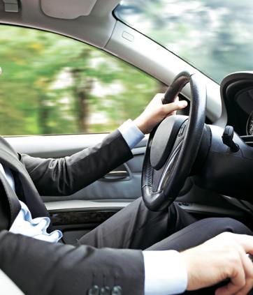 Vícios ao volante: 8 coisas que podem prejudicar seu carro